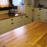 Jak zrobić prosty stół do kuchni?