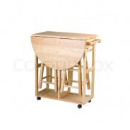 Stół do małej kuchni – poradnik z przykładami