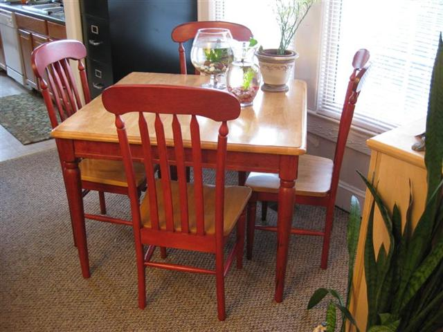 small-kitchen-table-set