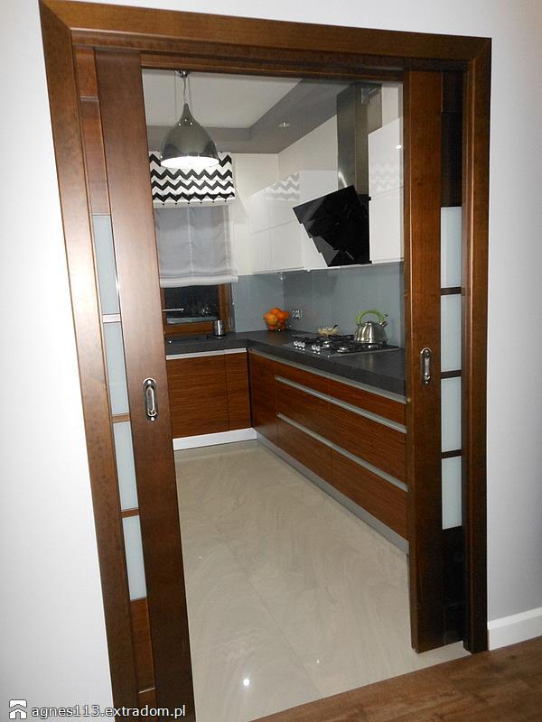 kuchnia zamknięta - drzwi przesuwne