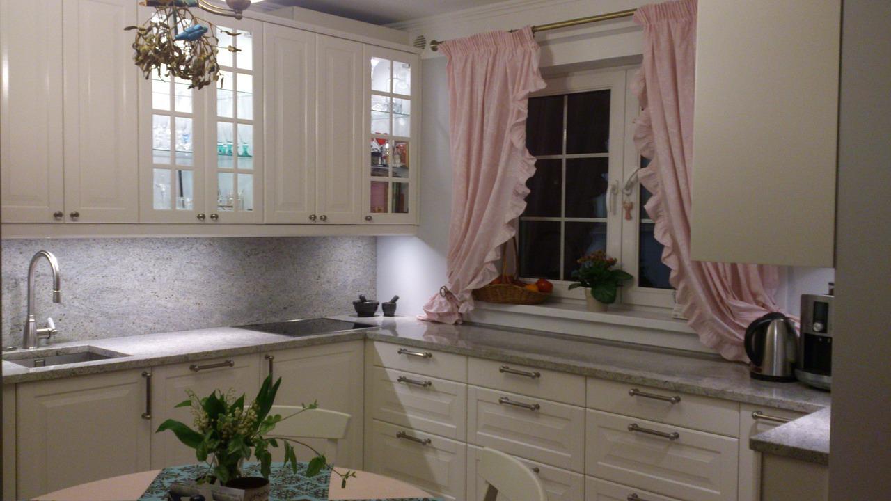 kitchen-541087_1280