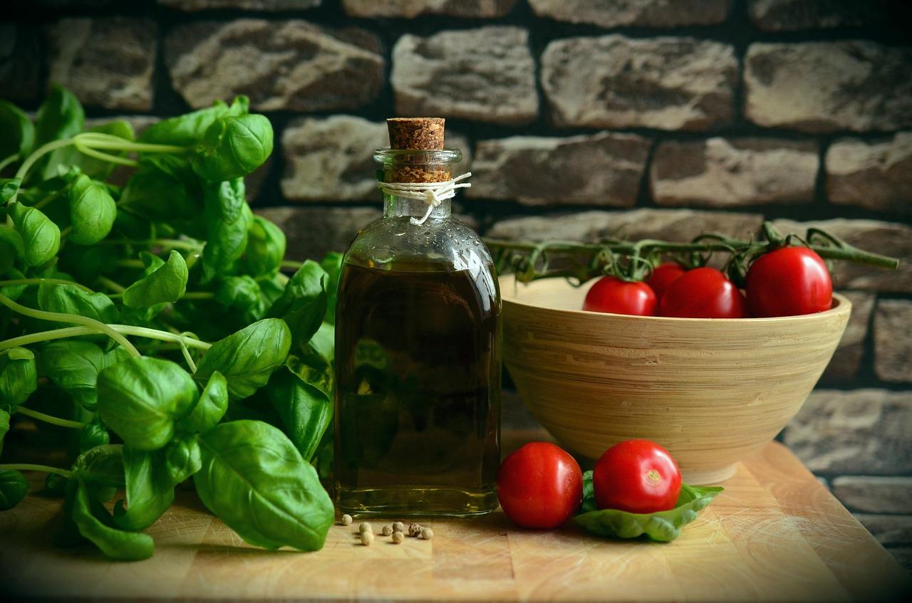 olive-oil-1412361_1280 (2)